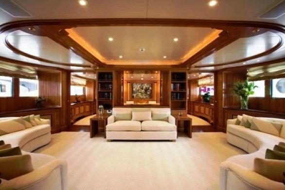 Arredamento barche di lusso consigli e suggerimenti for Arredamento moderno di lusso